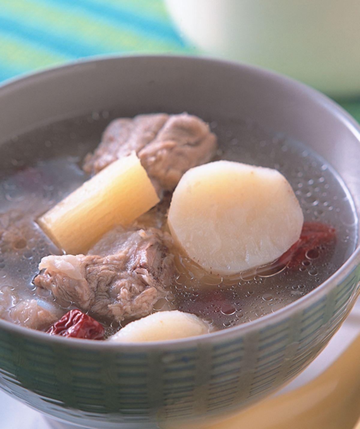 食譜:甘蔗荸薺煲排湯