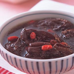 仙草土雞湯