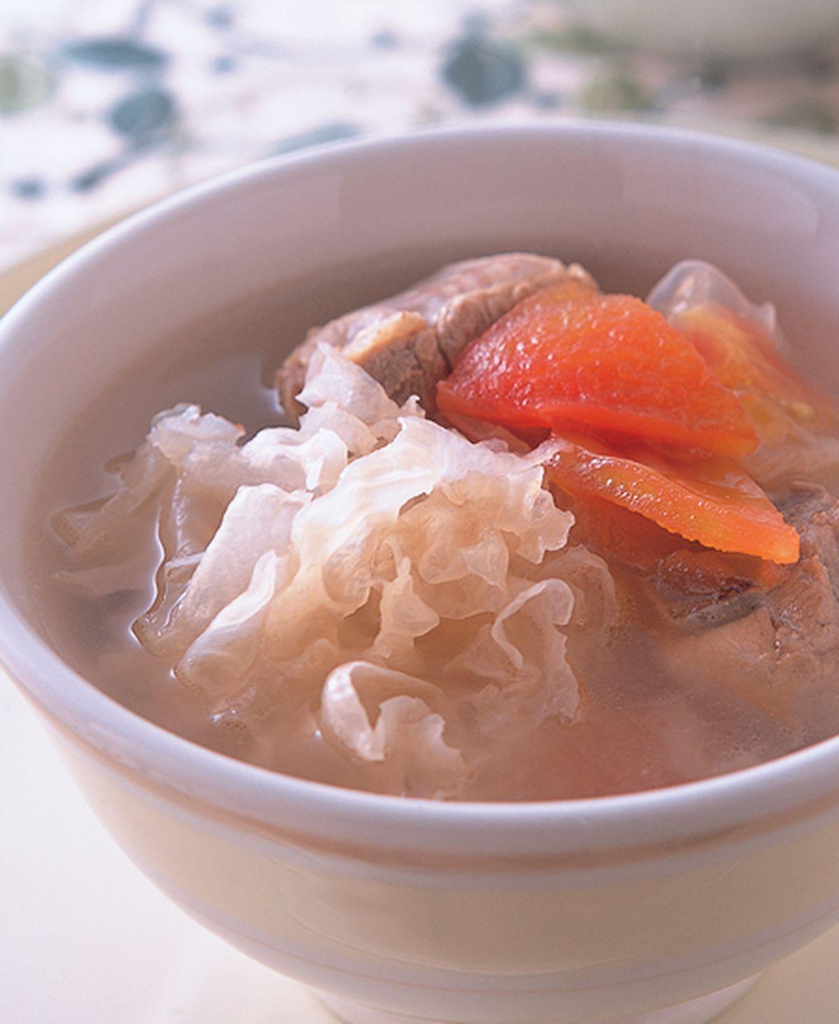 食譜:蕃茄銀耳煲排骨