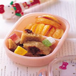 米糕水果餐盒
