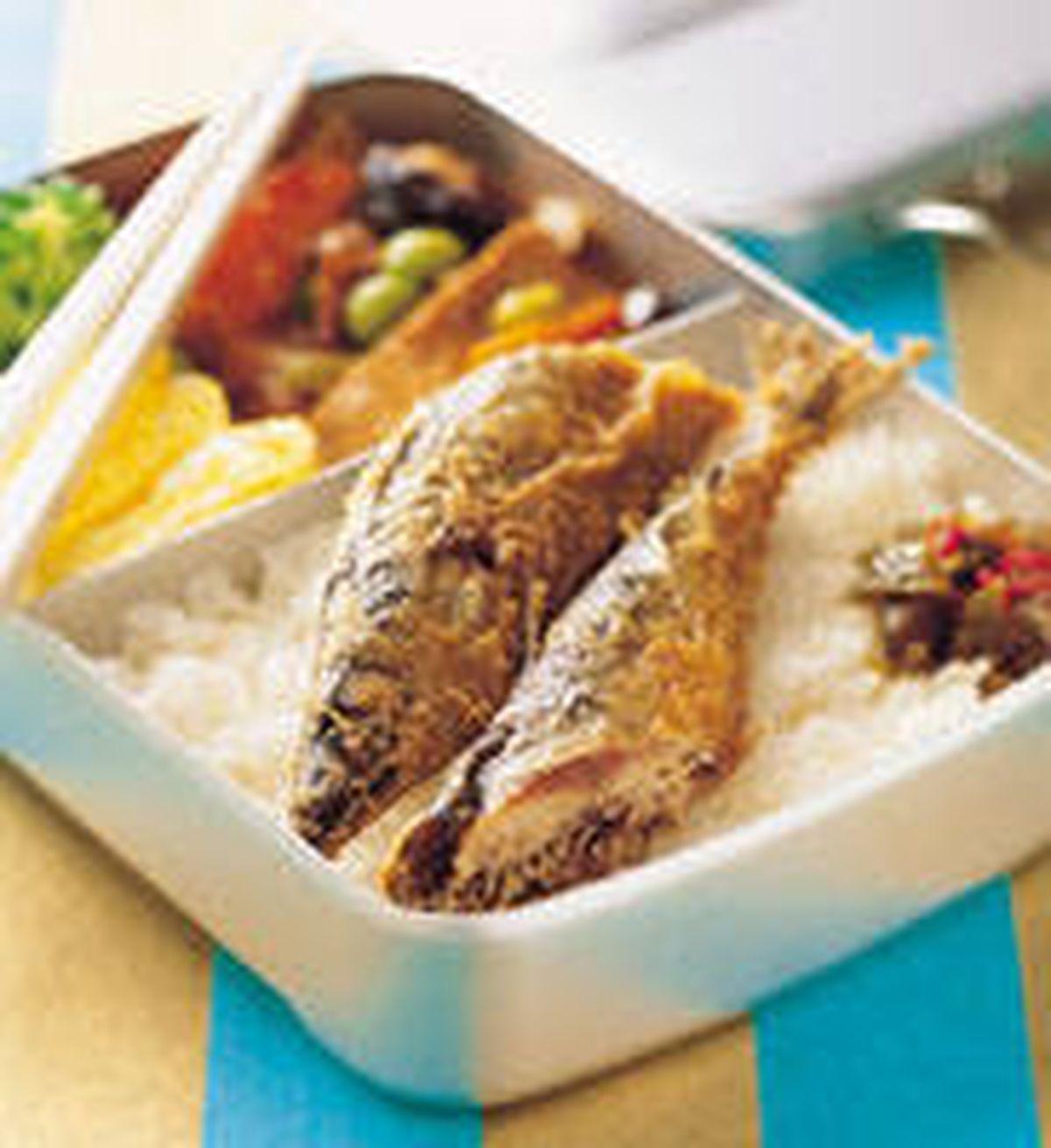 食譜:秋刀魚便當