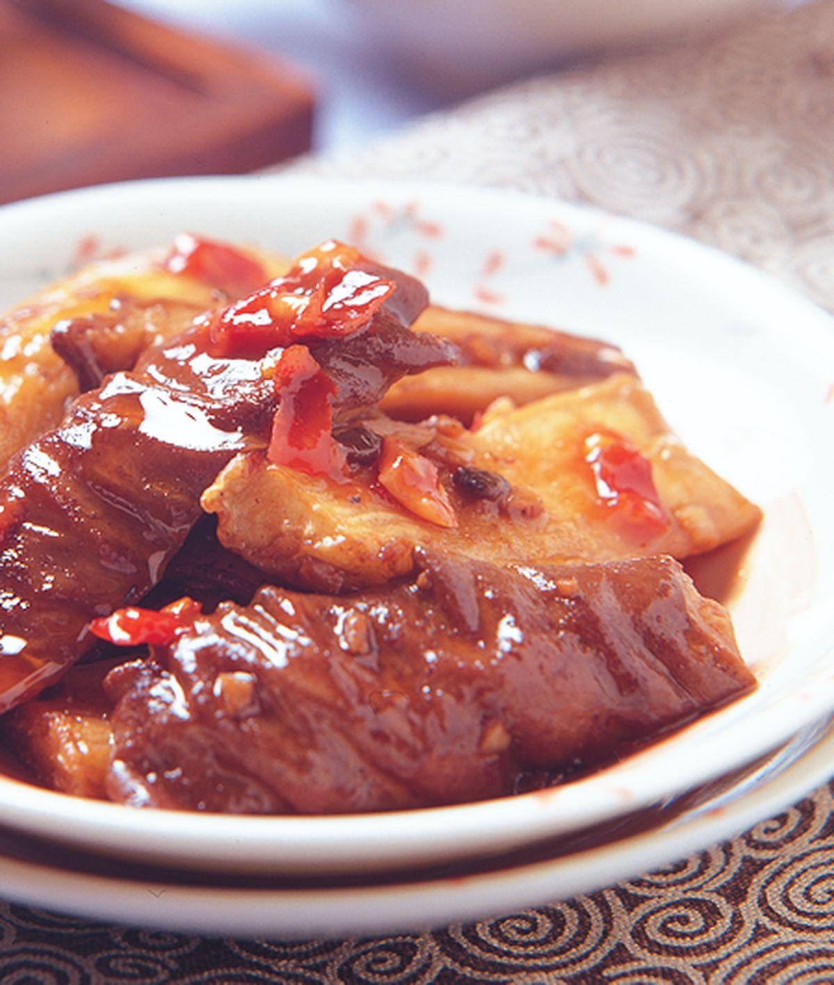 食譜:肥腸茄子煲