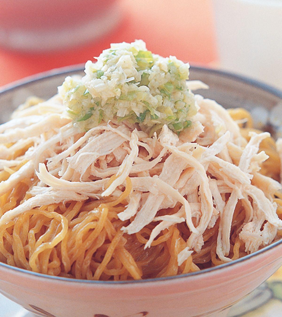 食譜:薑蔥雞絲撈麵