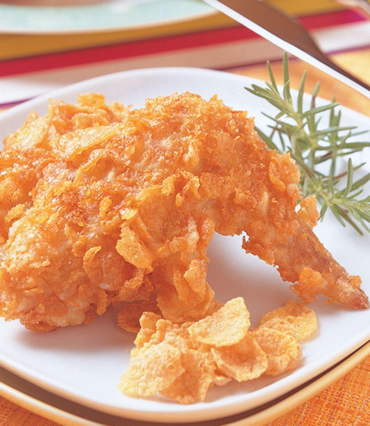食譜:玉米片辣味炸雞翅