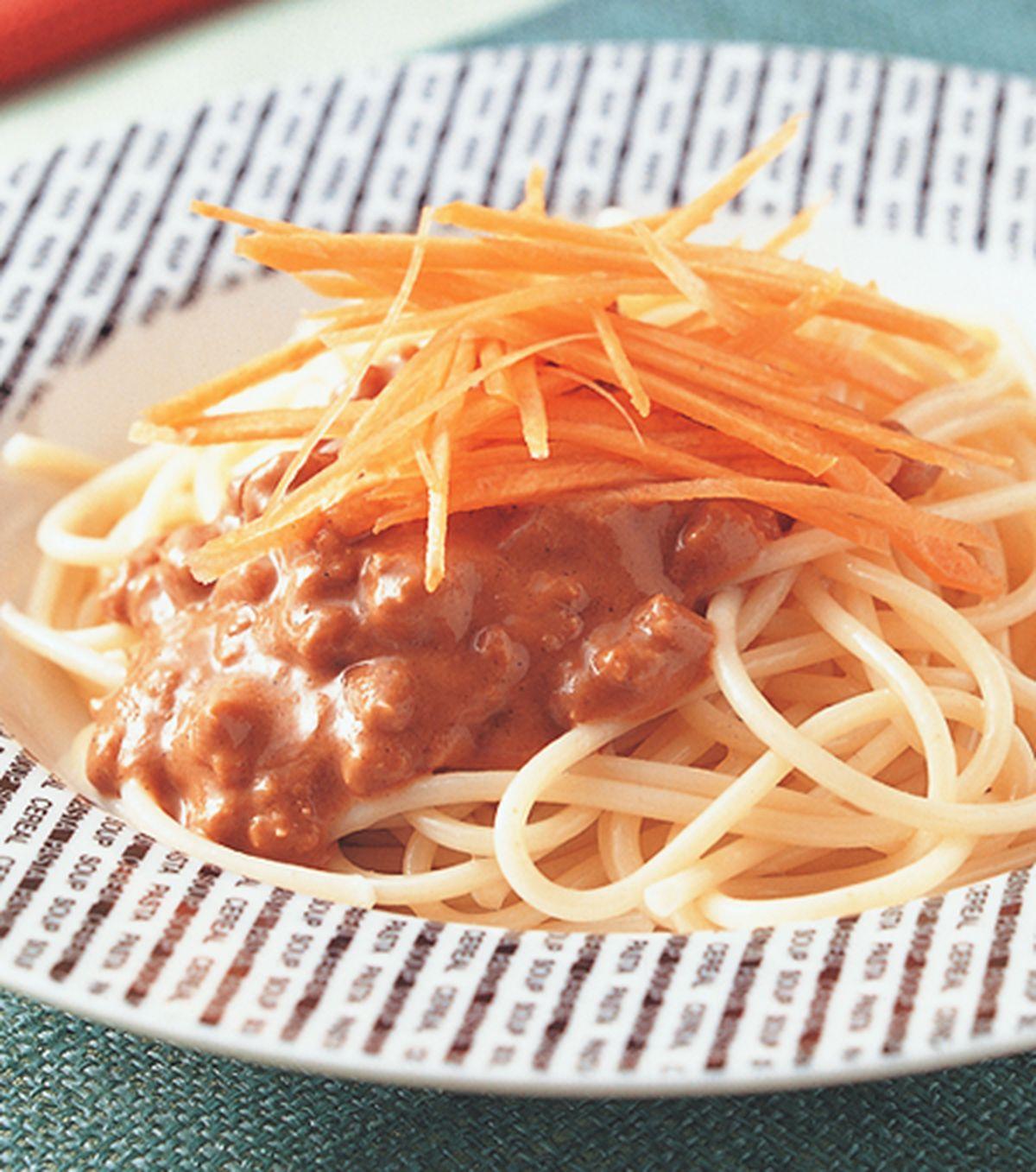 食譜:麻醬芥末肉醬義大利麵