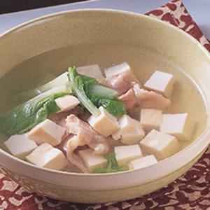 青菜豆腐肉片湯