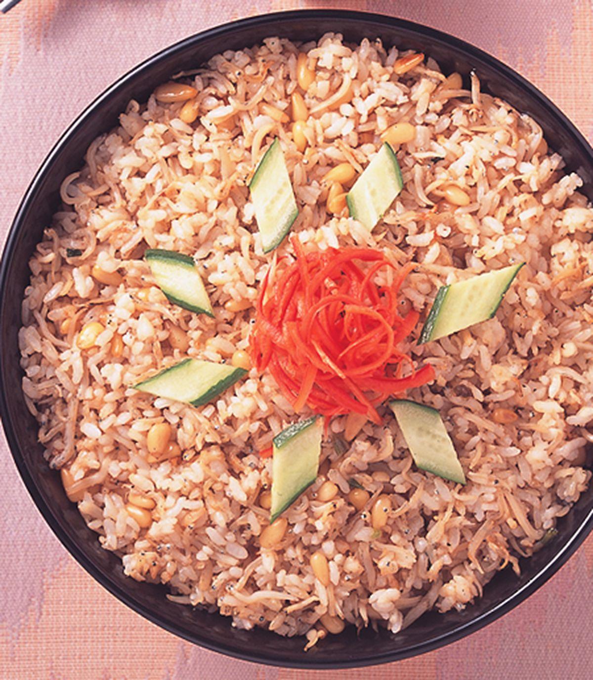 食譜:松子銀魚拌飯