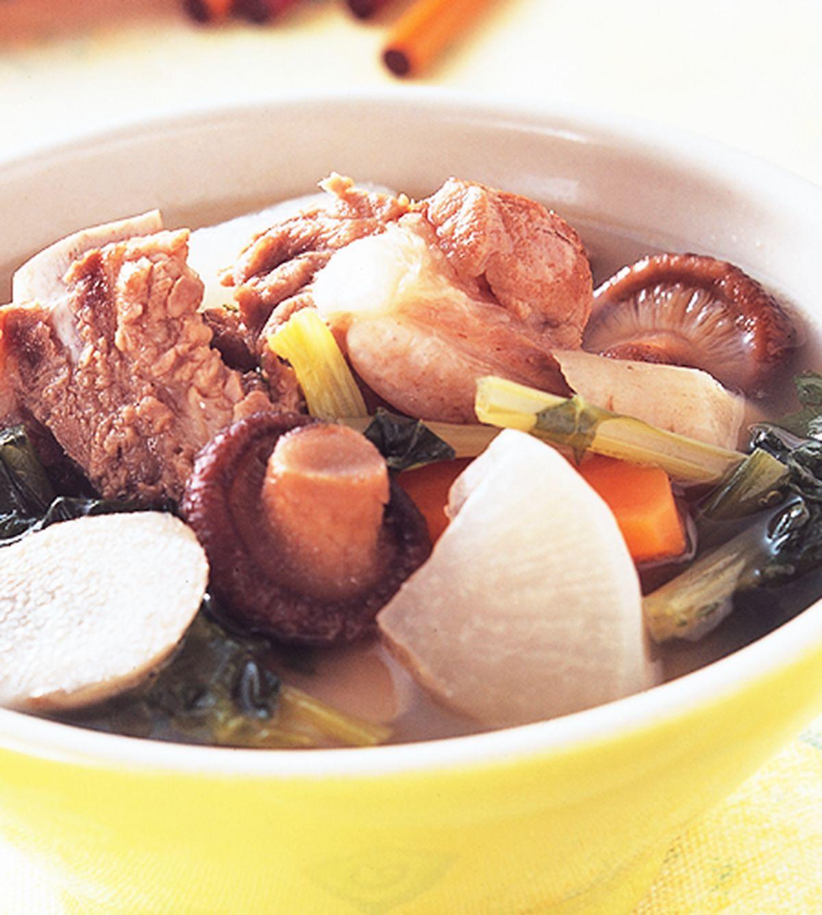 食譜:五行蔬菜排骨湯