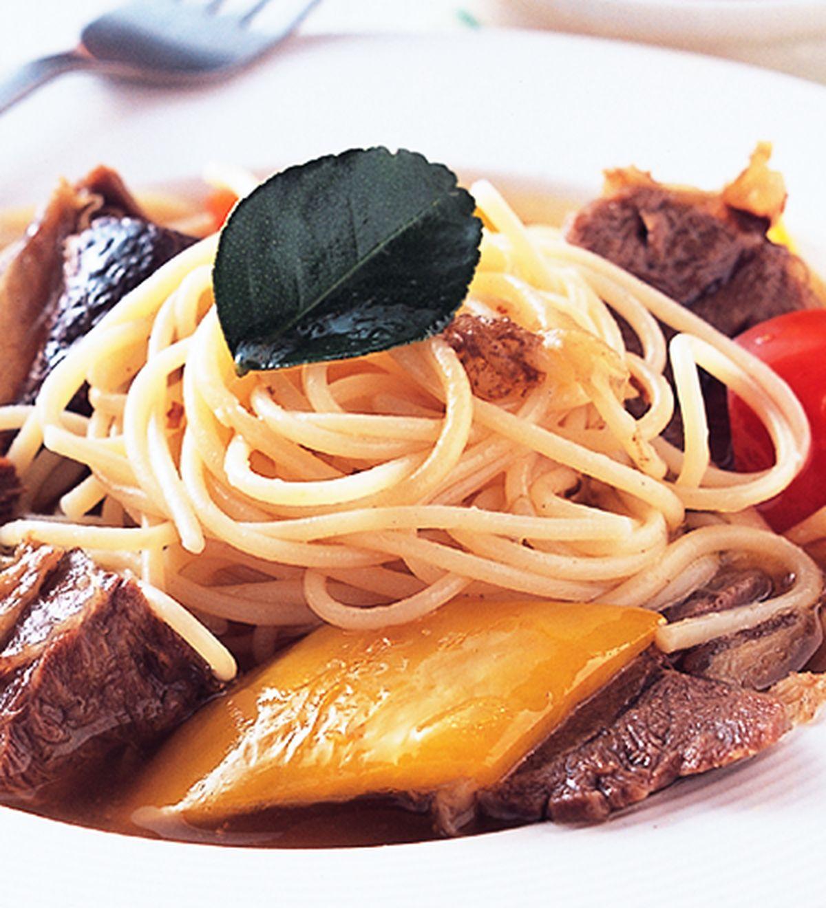 食譜:泰式牛肉義大利麵