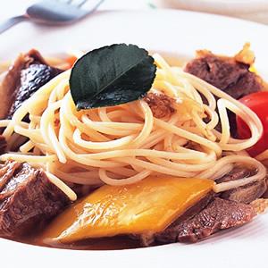 泰式牛肉義大利麵