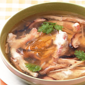 魷魚魚翅羹