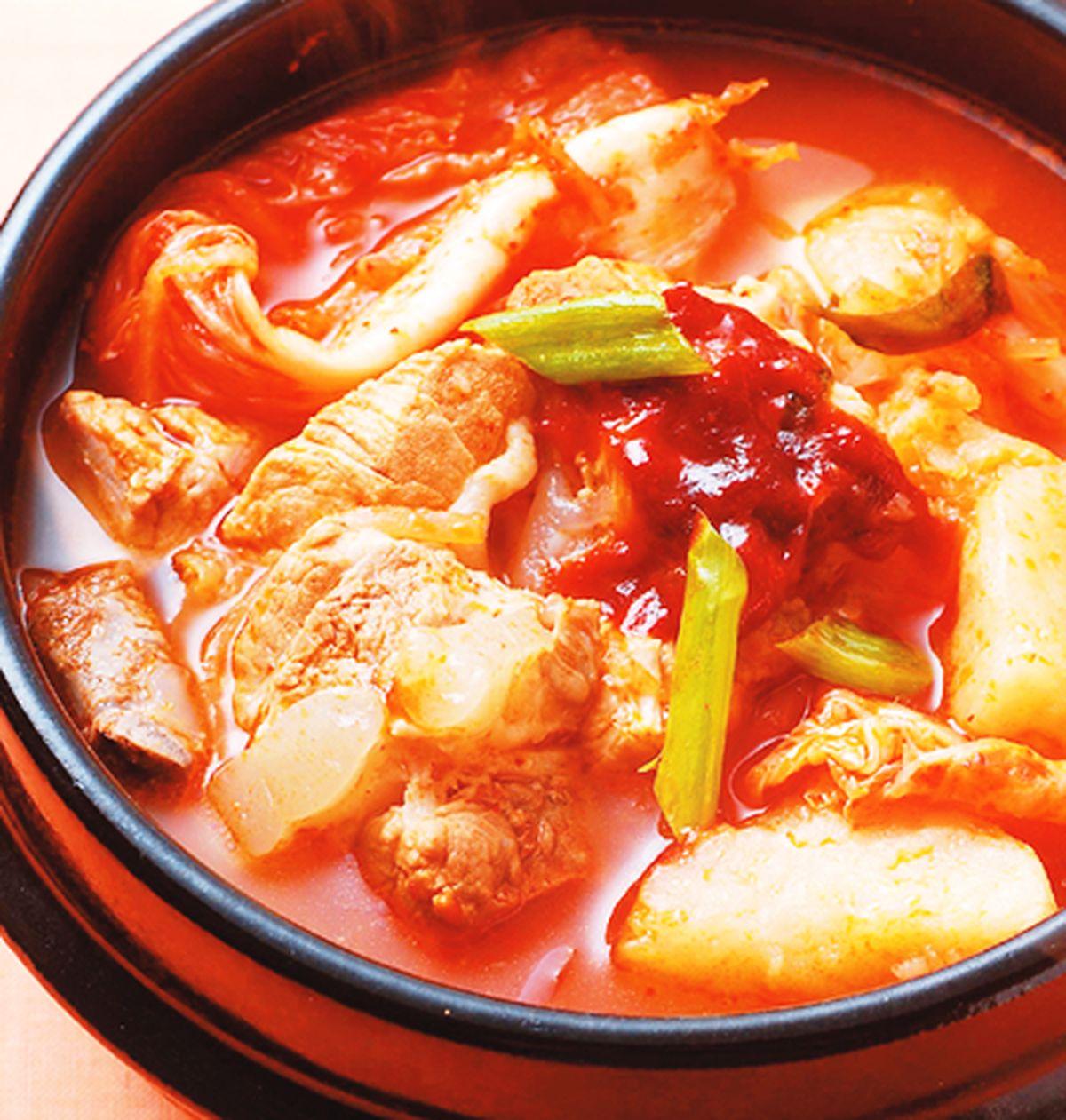 食譜:馬鈴薯泡菜鍋