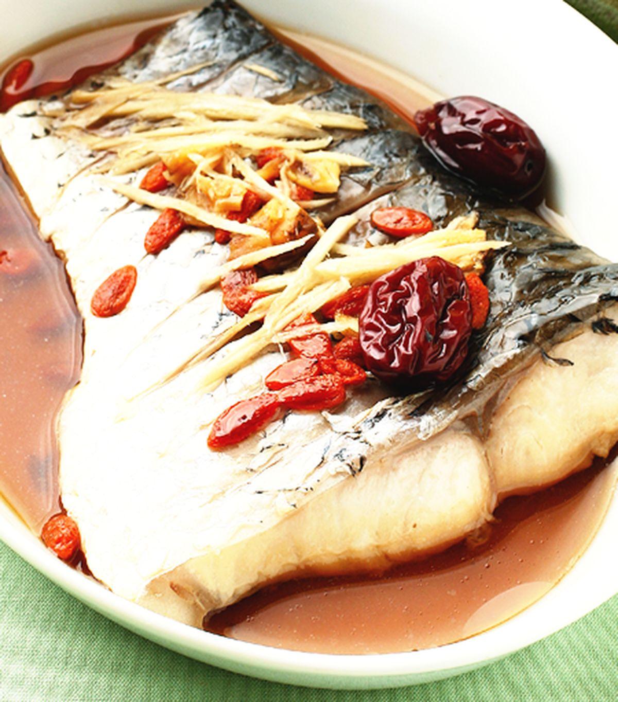 食譜:枸杞酒蒸魚