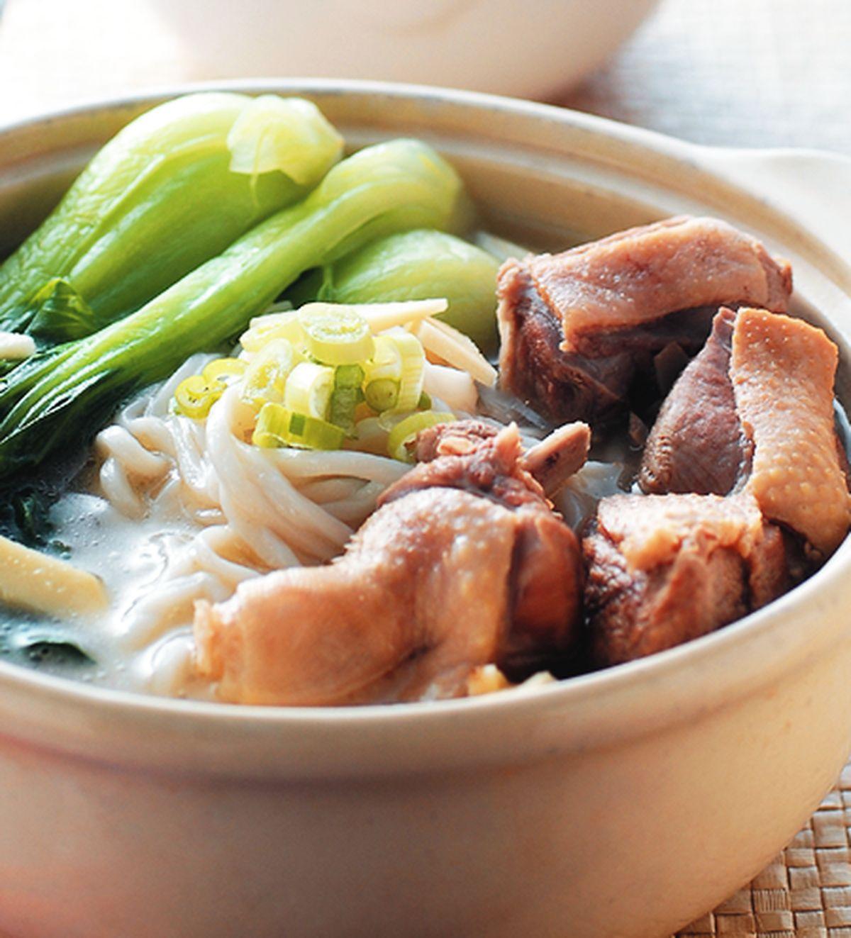 食譜:鴨湯煨麵