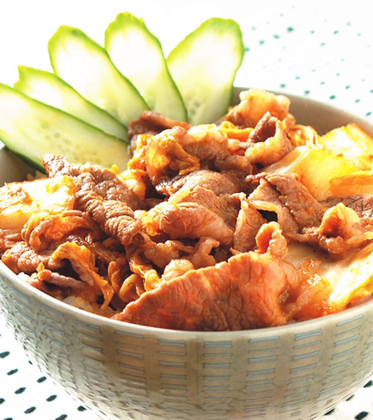 食譜:泡菜牛肉丼