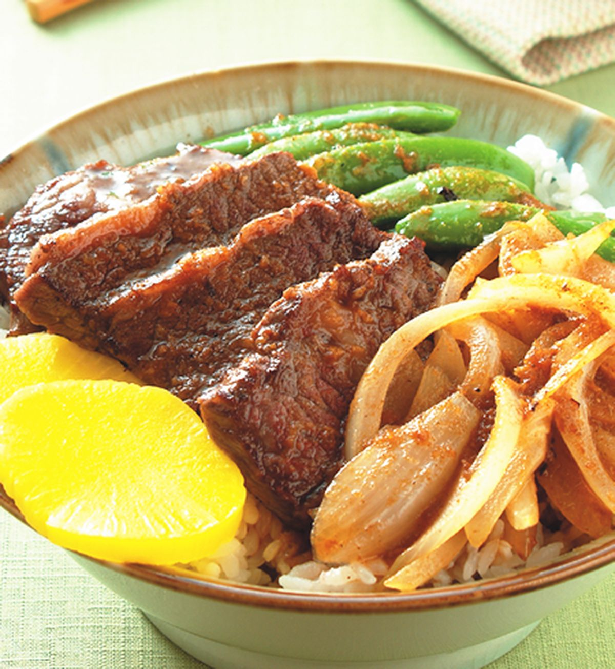 食譜:牛小排丼