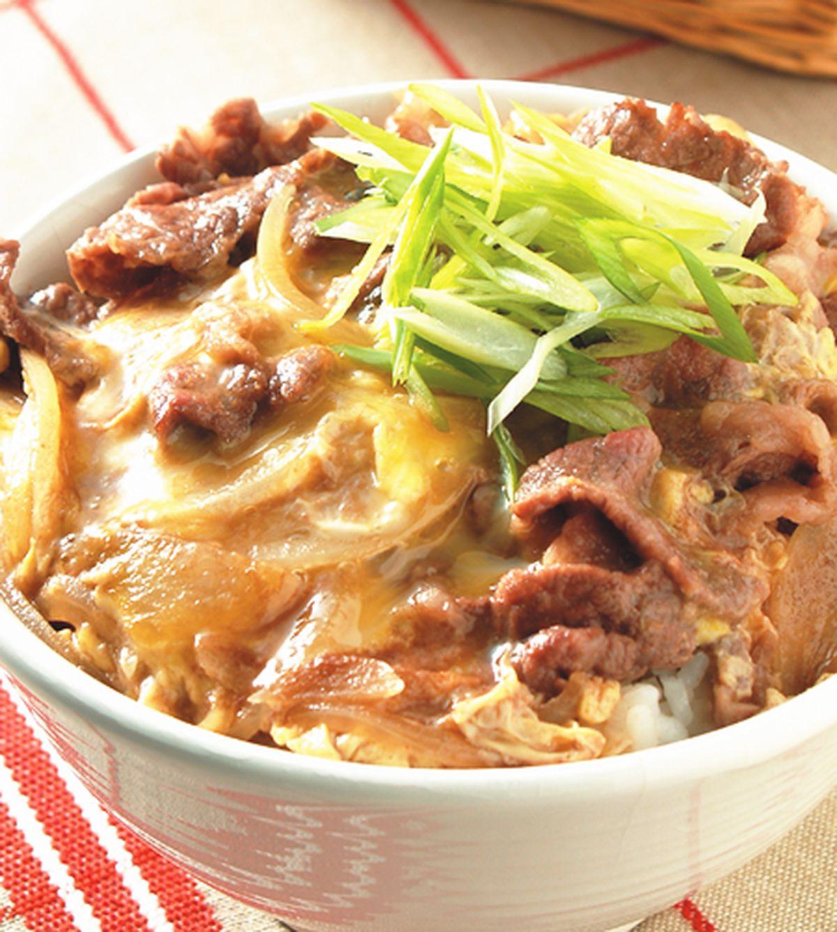 食譜:滑蛋牛肉丼