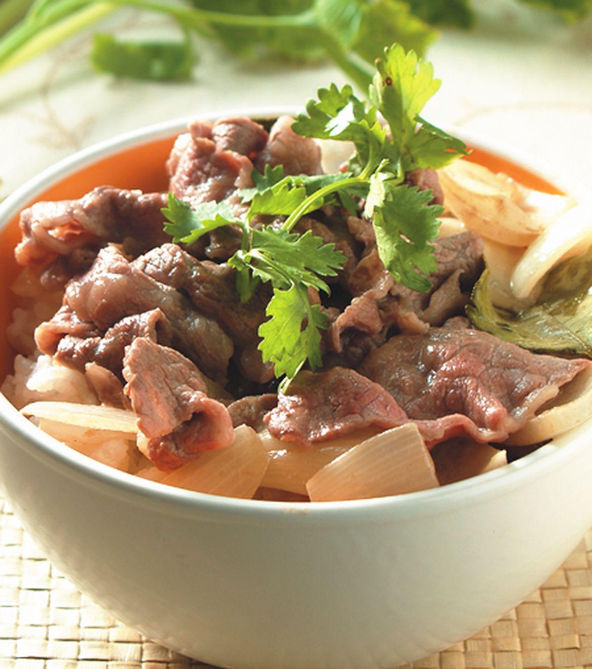 食譜:椰汁牛肉丼