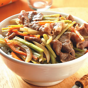 麻醬牛肉丼