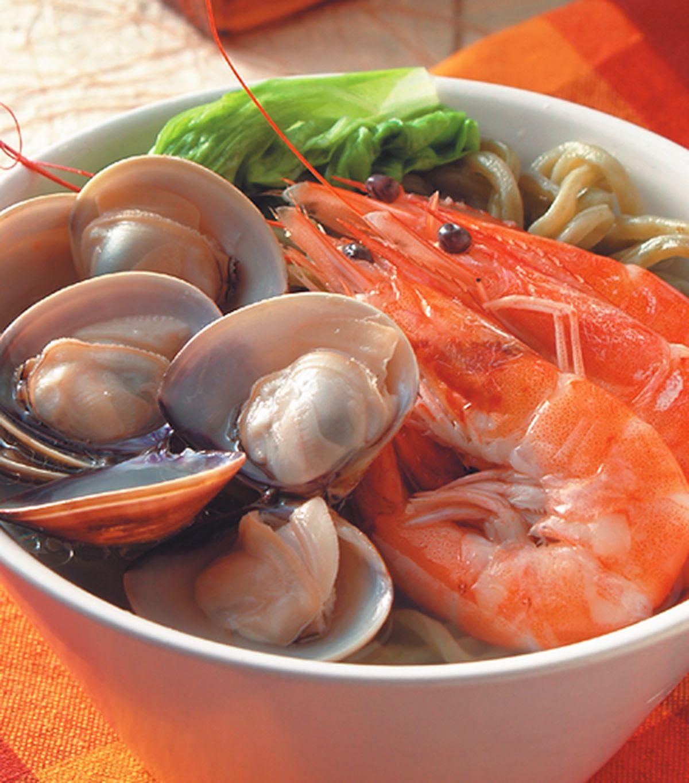 食譜:鮮蝦蚌麵