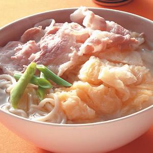 酸菜白肉蚌麵