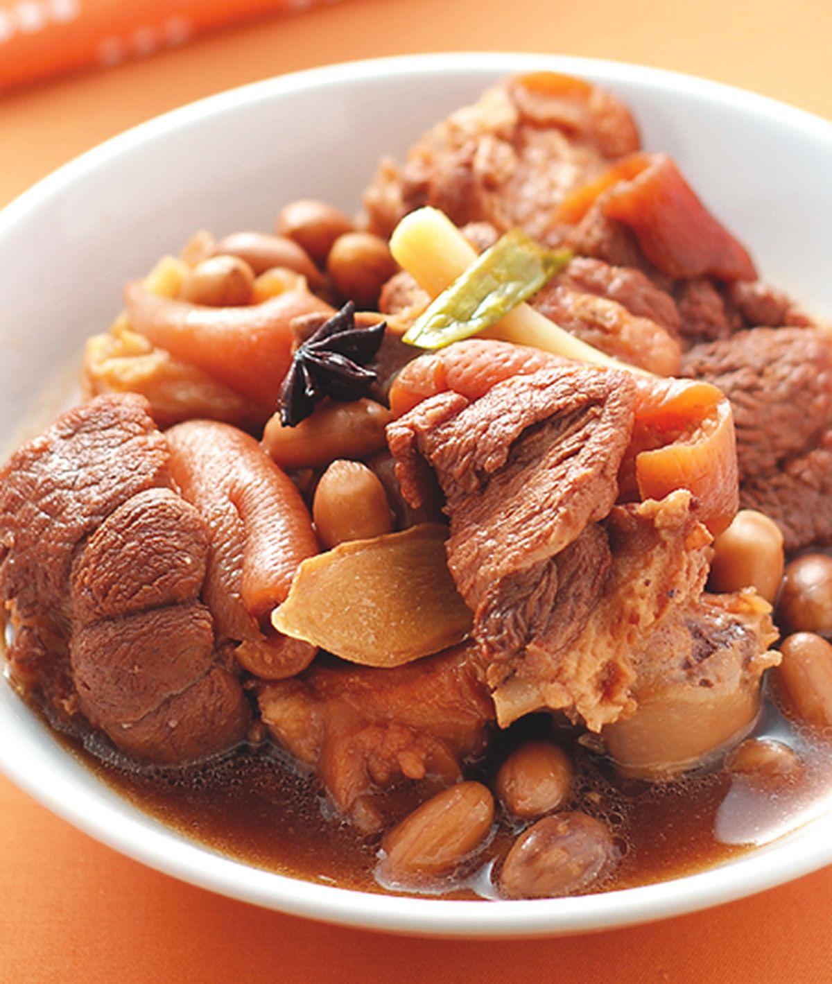 食譜:花生滷豬腳(1)