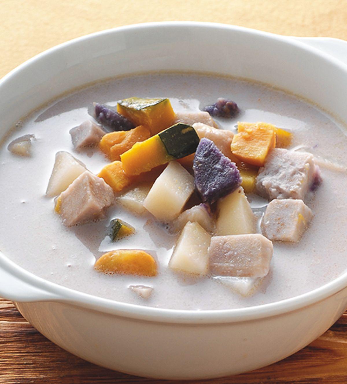 食譜:根莖蔬菜豆漿湯