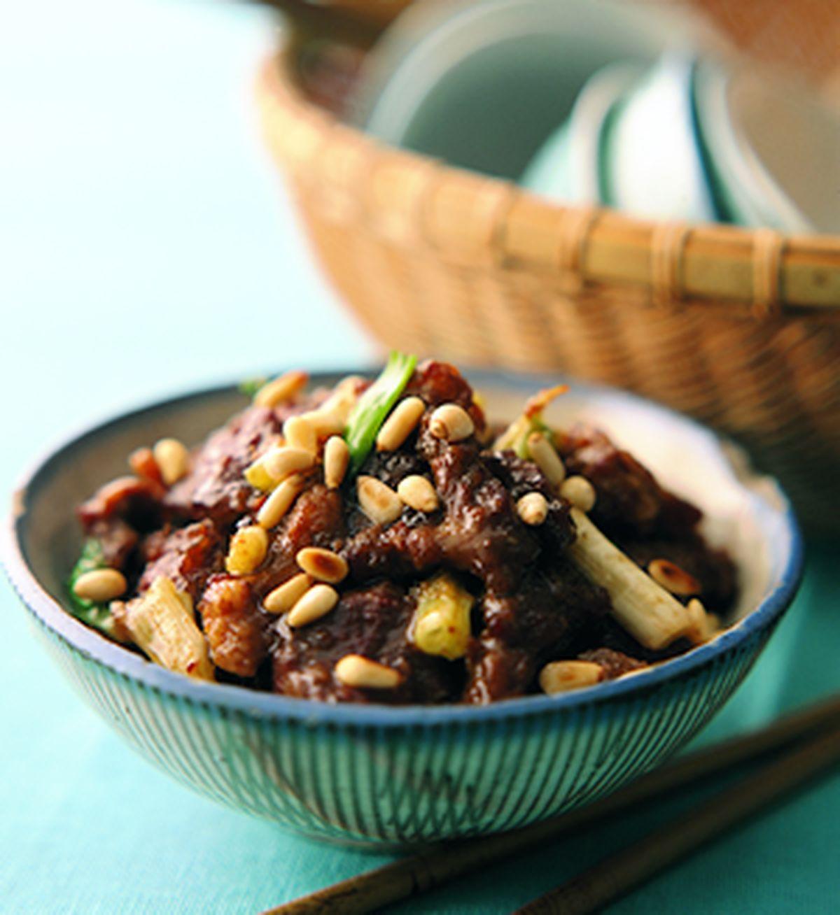 食譜:松子牛肉