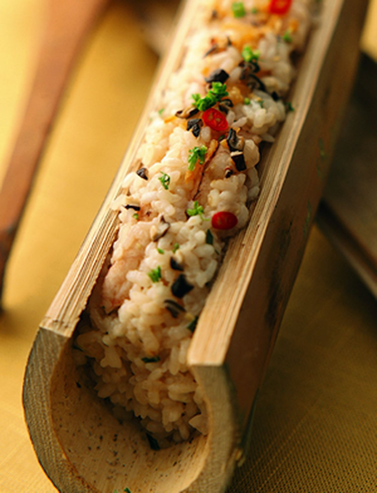 食譜:蟹肉竹筒飯