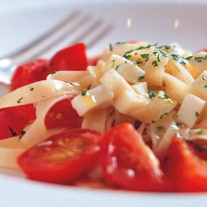蕃茄乳酪寬板麵
