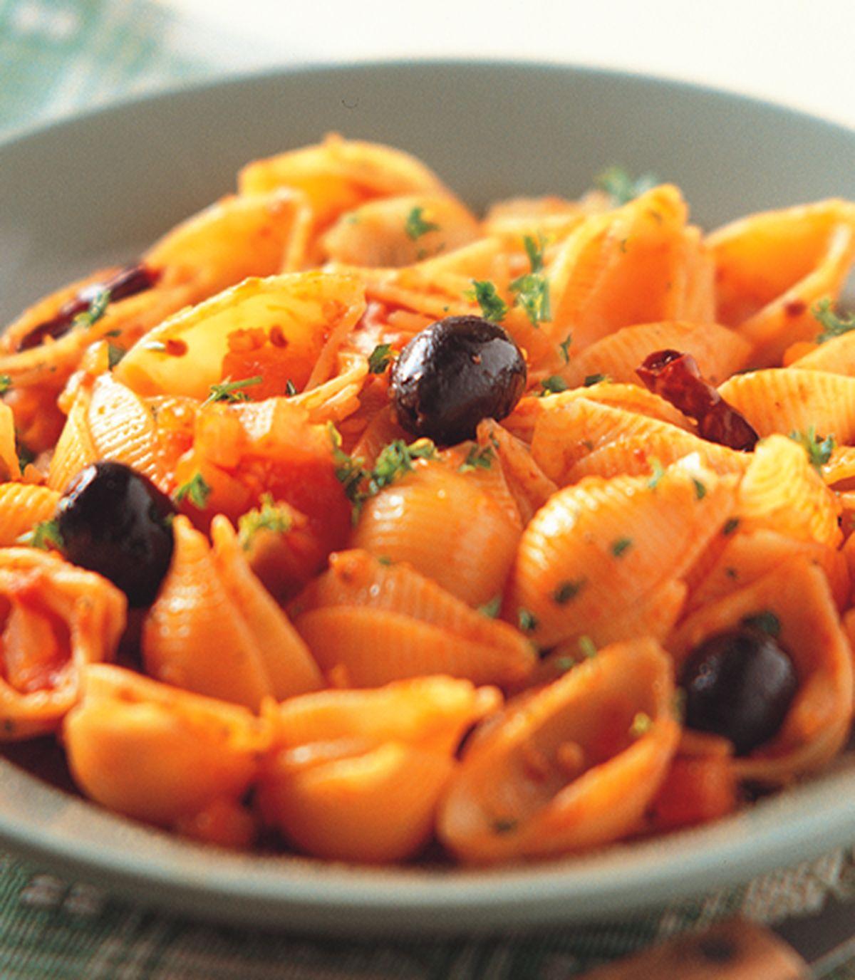 食譜:茄香辣味貝殼麵
