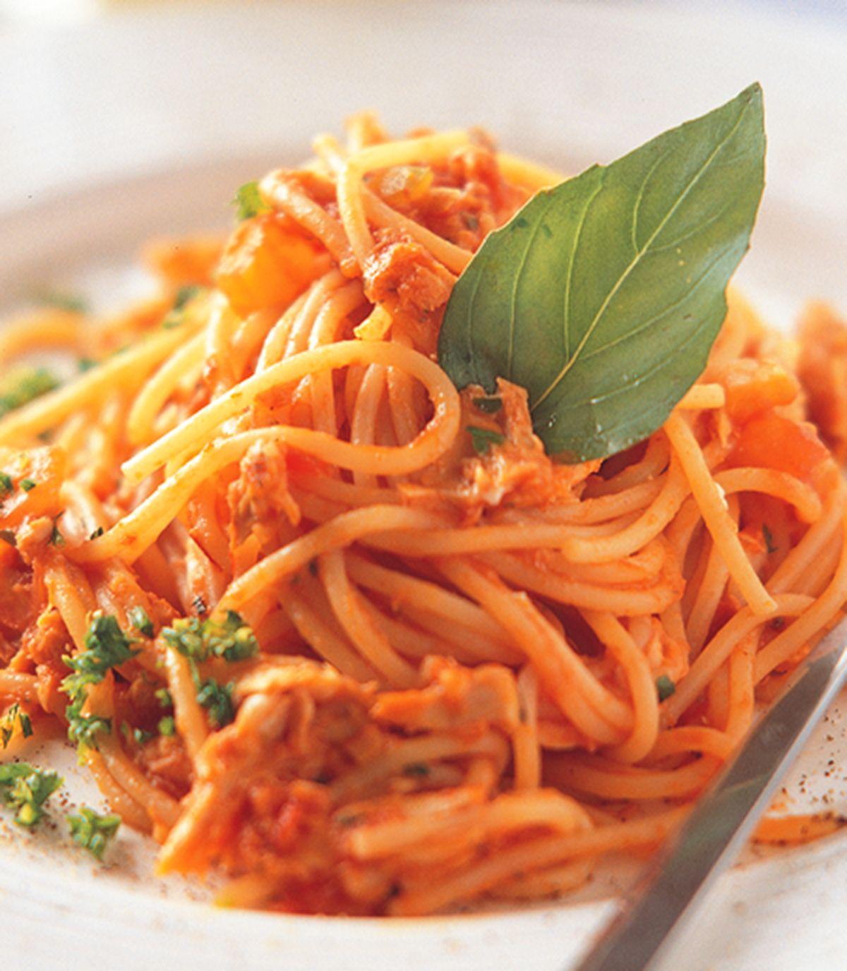 食譜:鮪魚番茄麵