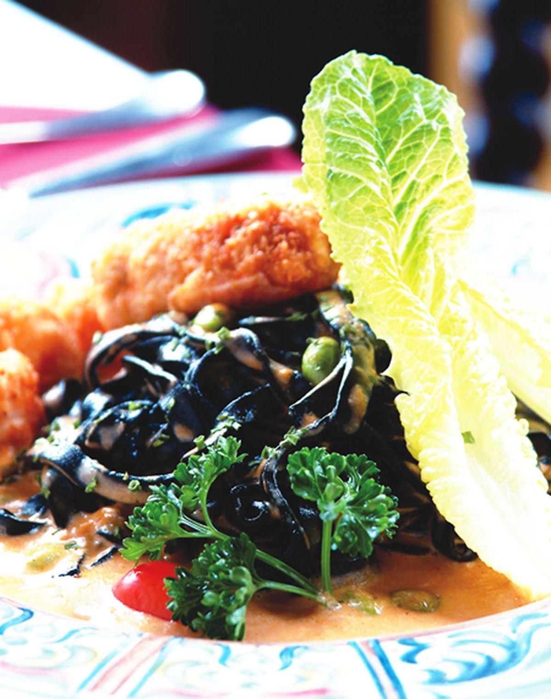 食譜:尼斯明蝦黑寬麵