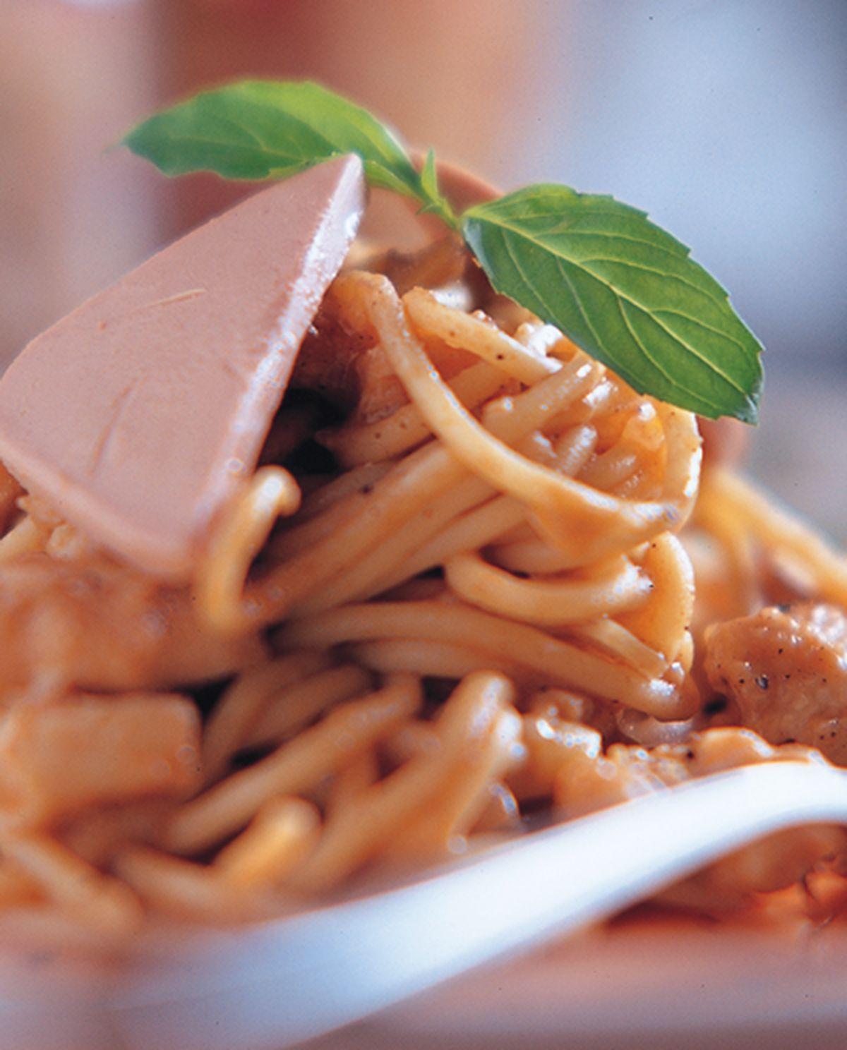 食譜:鵝肝雞肉麵