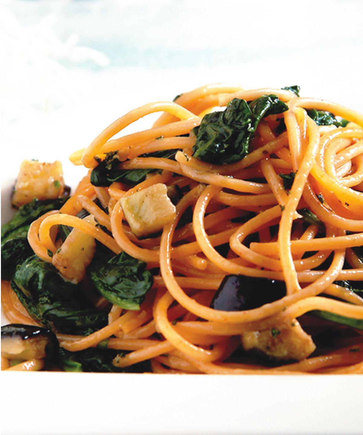 食譜:辣椒茄子菠菜麵