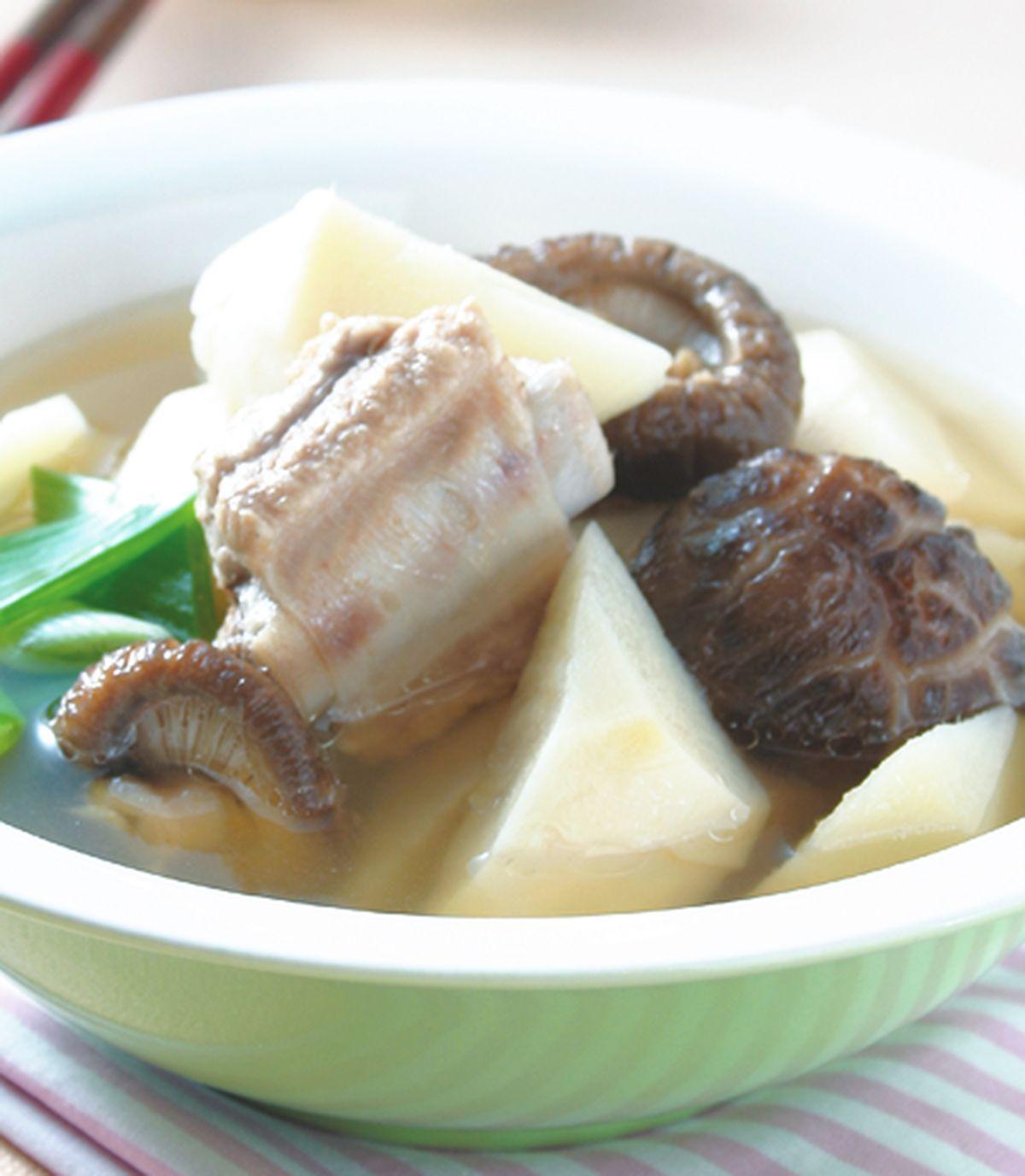 食譜:花菇竹筍排骨湯
