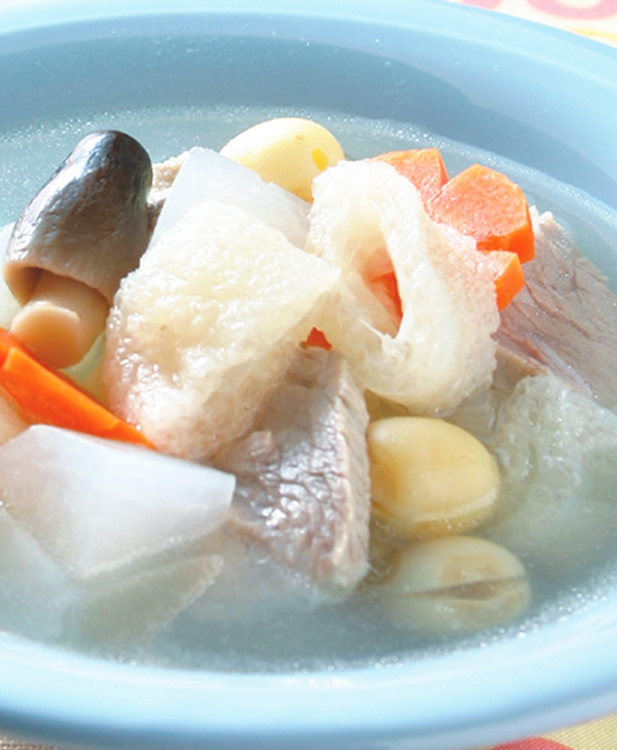 食譜:蘿蔔竹笙湯