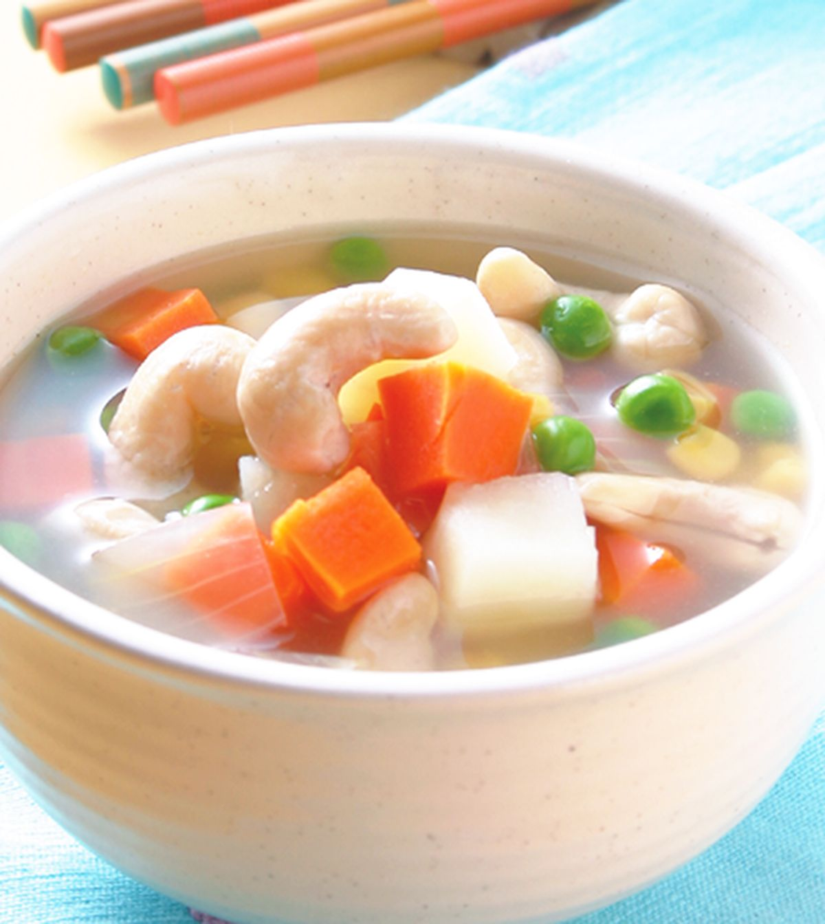 食譜:洋蔥豆仁腰果湯