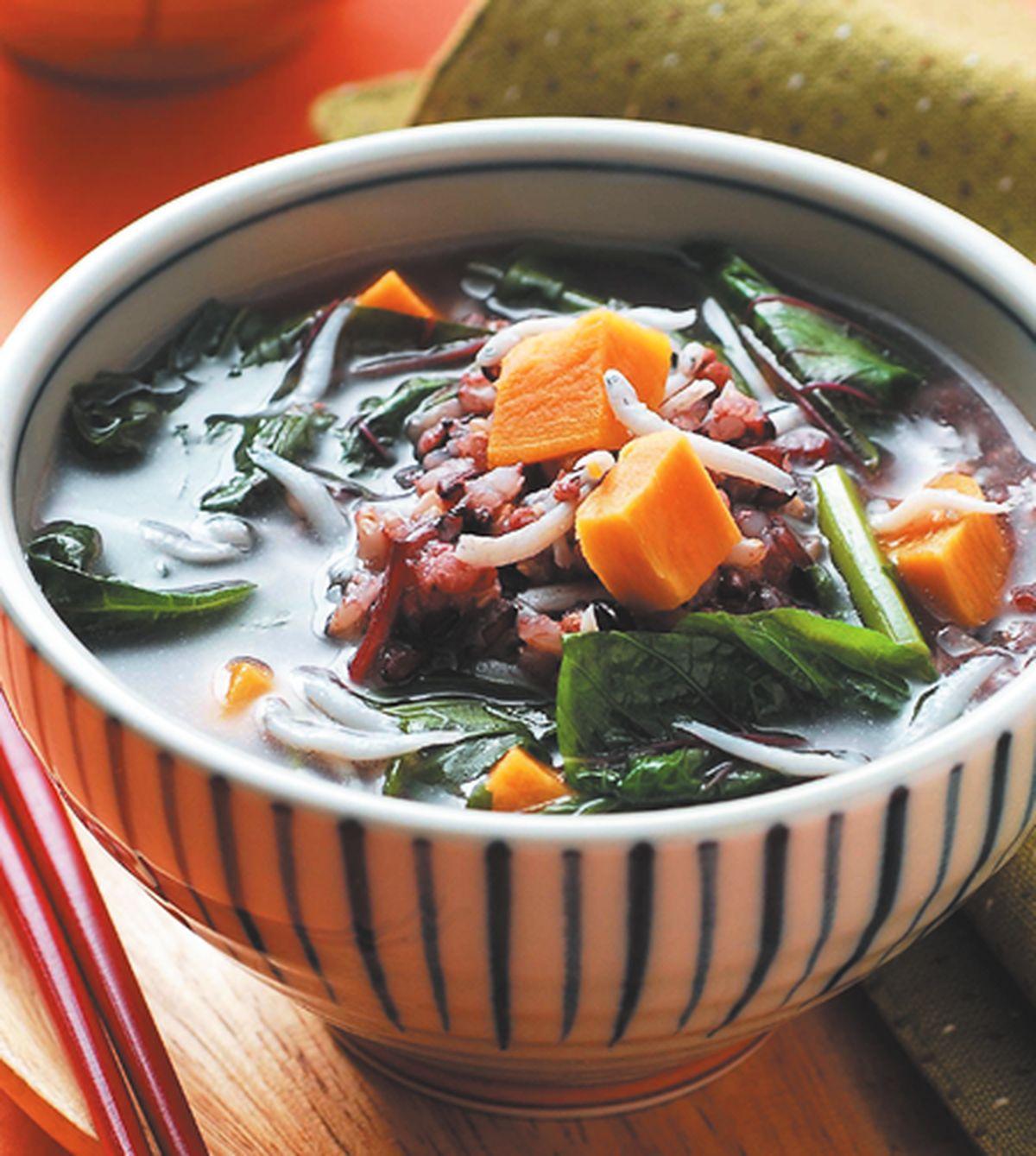 食譜:紫米蔬菜粥
