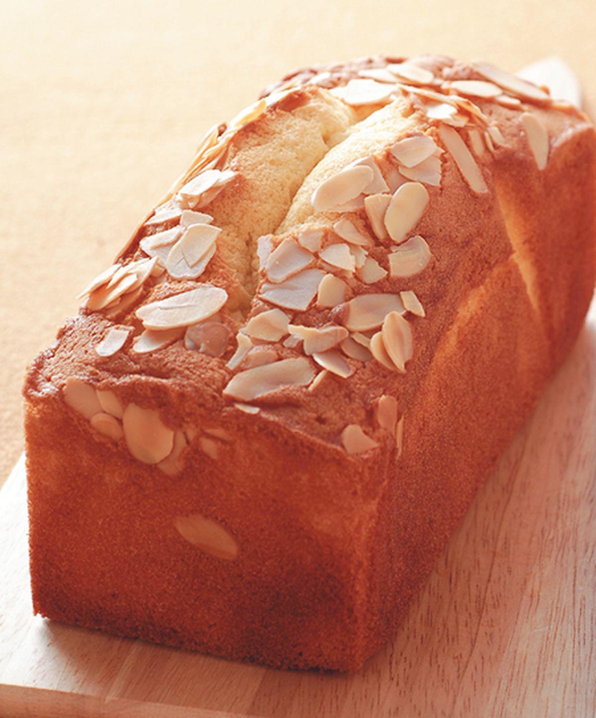 食譜:杏仁奶油磅蛋糕