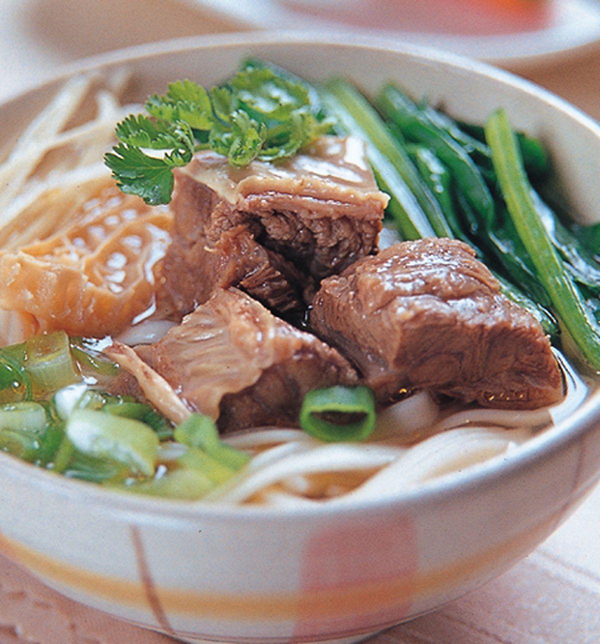 食譜:牛百頁牛肉清湯麵