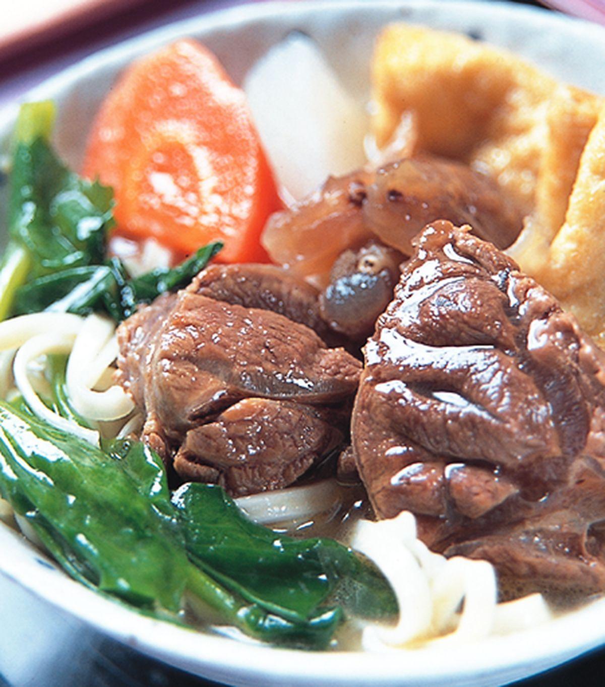 食譜:清燉半筋半肉牛肉麵