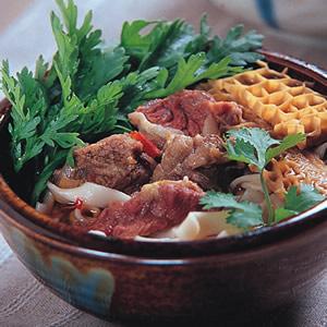 香辣牛肉麵(1)