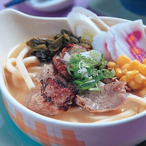 日式味噌烤牛拉麵