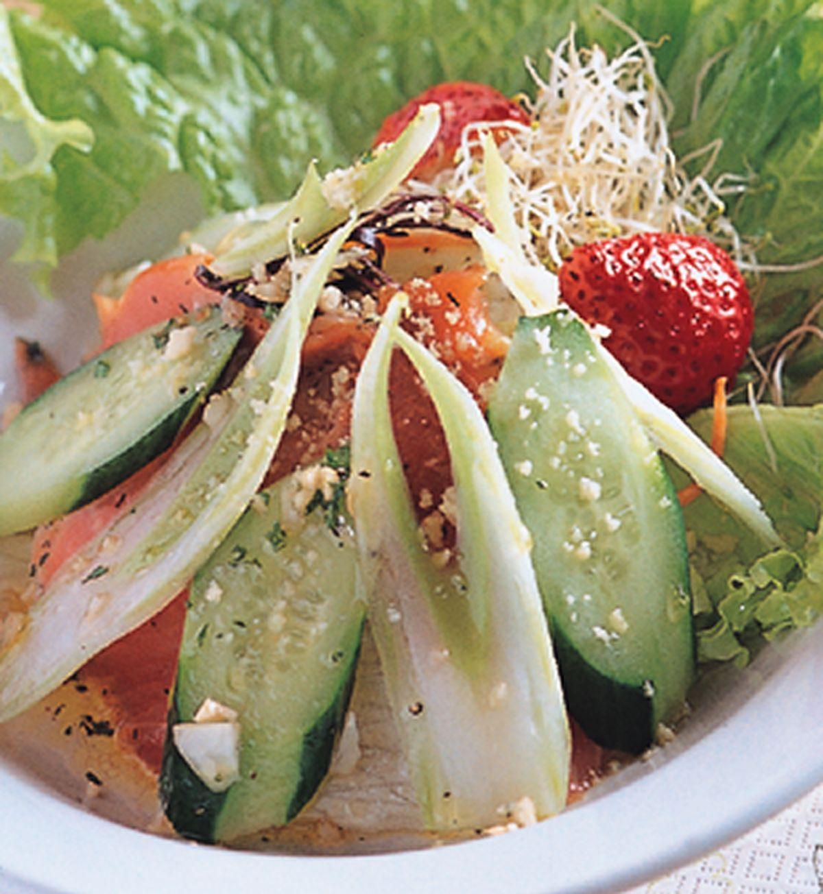食譜:起士燻鮭魚沙拉