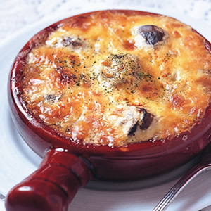 巴黎式蒜味乳酪紅酒焗田螺
