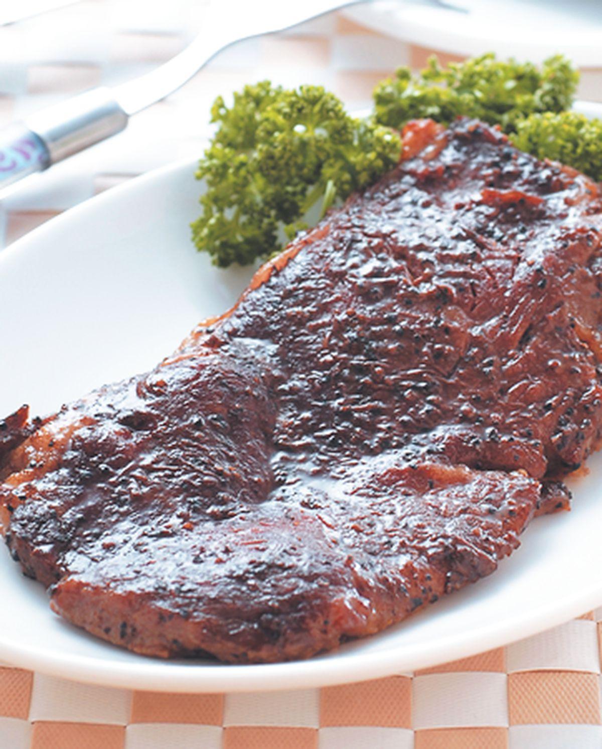 食譜:黑胡椒烤牛排