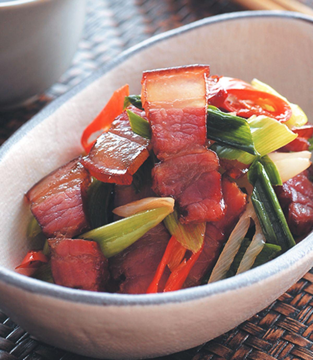 食譜:蒜苗炒臘肉(2)