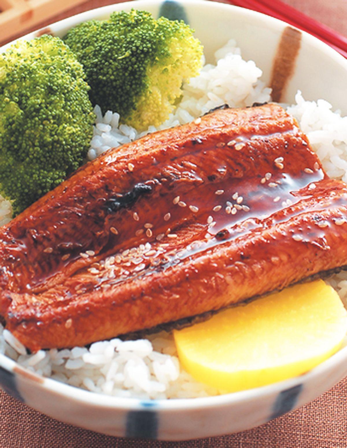 食譜:鰻魚蓋飯
