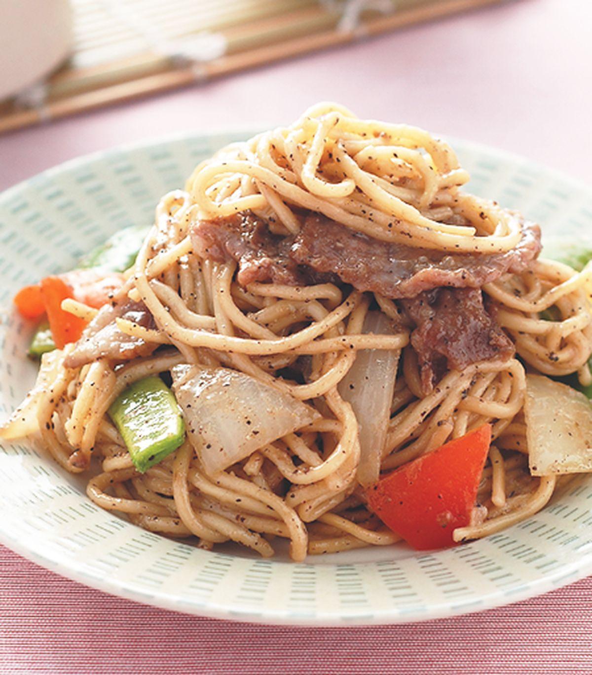 食譜:黑椒牛肉炒麵